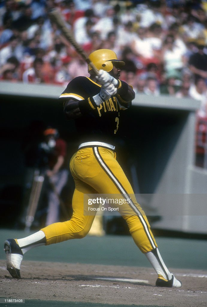 Outfielder <a gi-track='captionPersonalityLinkClicked' href=/galleries/search?phrase=Dave+Parker+-+Baseball+Player&family=editorial&specificpeople=15119297 ng-click='$event.stopPropagation()'>Dave Parker</a> #39 of the Pittsburgh Pirates bats during a Major League Baseball game circa 1978 at Three Rivers Stadium in Pittsburgh, Pennsylvania. Parker played for the Pirates from 1973-83.