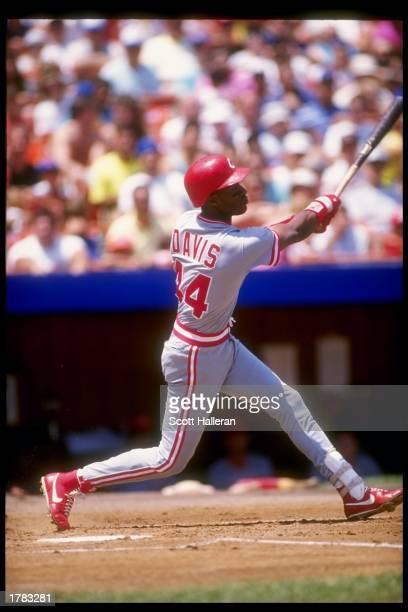 Outfielder Eric Davis of the Cincinnati Reds in action during a game Mandatory Credit Scott Halleran /Allsport