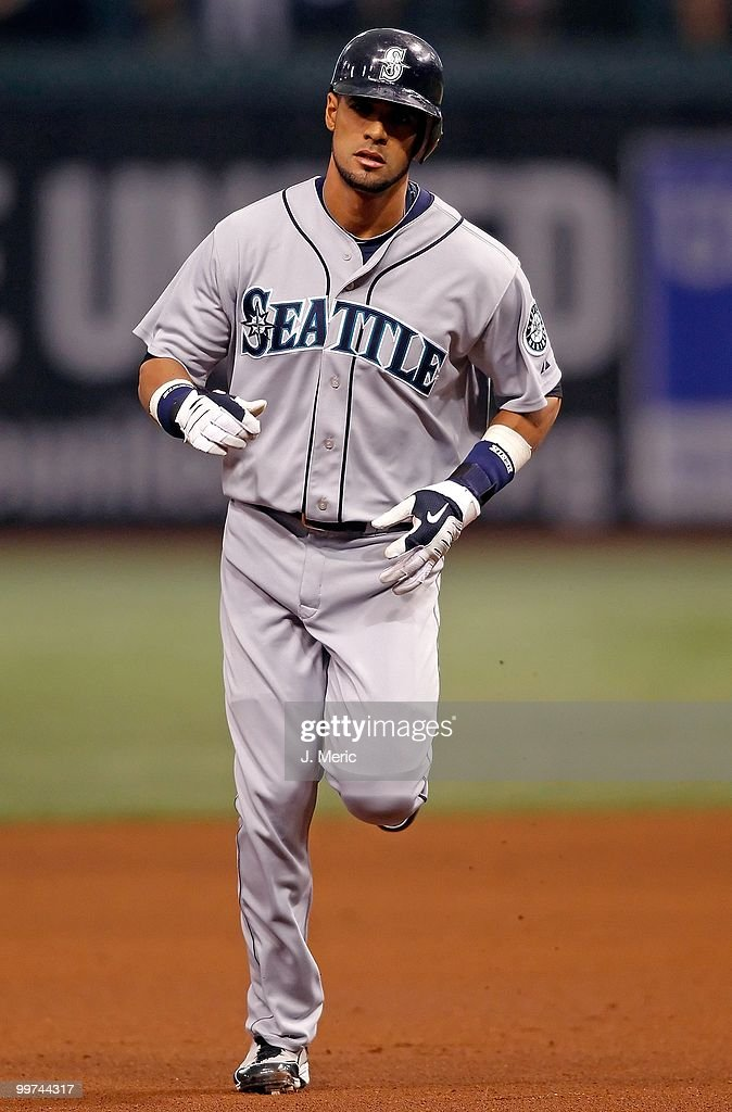 Outfielder Franklin Gutierrez #21 of the Seattle Mariners rounds the bases after his home run against the Tampa Bay Rays during the game at Tropicana Field on May 14, 2010 in St. Petersburg, Florida.