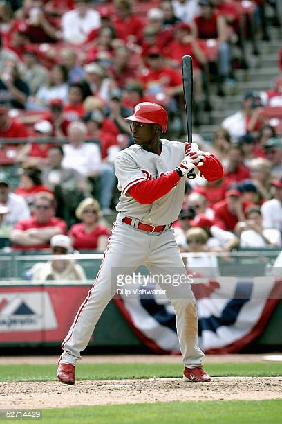 Outfielder Kenny Lofton of the Philadelphia Phillies bats against the St Louis Cardinals during the game at Busch Stadium on April 9 2005 in St Louis...