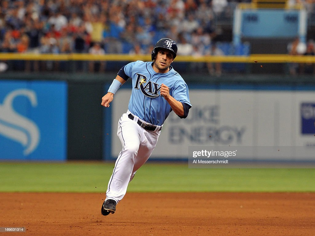 Outfielder <a gi-track='captionPersonalityLinkClicked' href=/galleries/search?phrase=Sam+Fuld&family=editorial&specificpeople=4505687 ng-click='$event.stopPropagation()'>Sam Fuld</a> #5 of the Tampa Bay Rays runs to third base in the 8th inning against the New York Yankees May 26, 2013 at Tropicana Field in St. Petersburg, Florida.