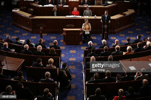 Outgoing US Speaker of the House Rep John Boehner gives his farewell speech in the House Chamber of the Capitol October 29 2015 on Capitol Hill in...