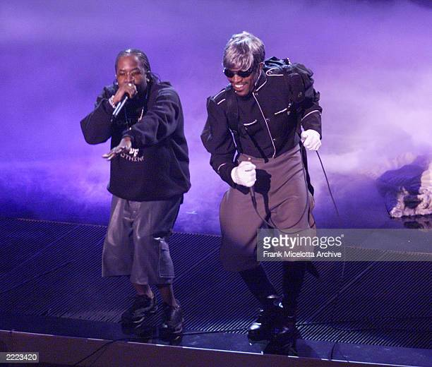 Outkast performs at the 28th Annual American Music Awards at the Shrine Auditorium in Los Angeles CA on Monday January 8 2001 broadcast live on ABC...
