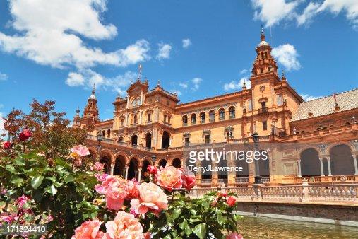 Outside picture of Plaza de Espa in Seville, Spain