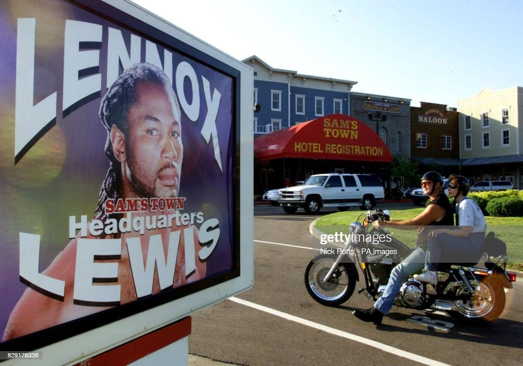 lennox lewis poster. outside posters show great britain\u0027s world heavyweight boxing champion lennox lewis has his \u0027headquarters\u0027 poster a