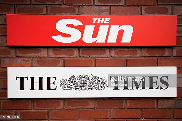 Outside the offices of The Sun newspaper on Pennington Street London England UK This is home to News International who have been embroiled at the...