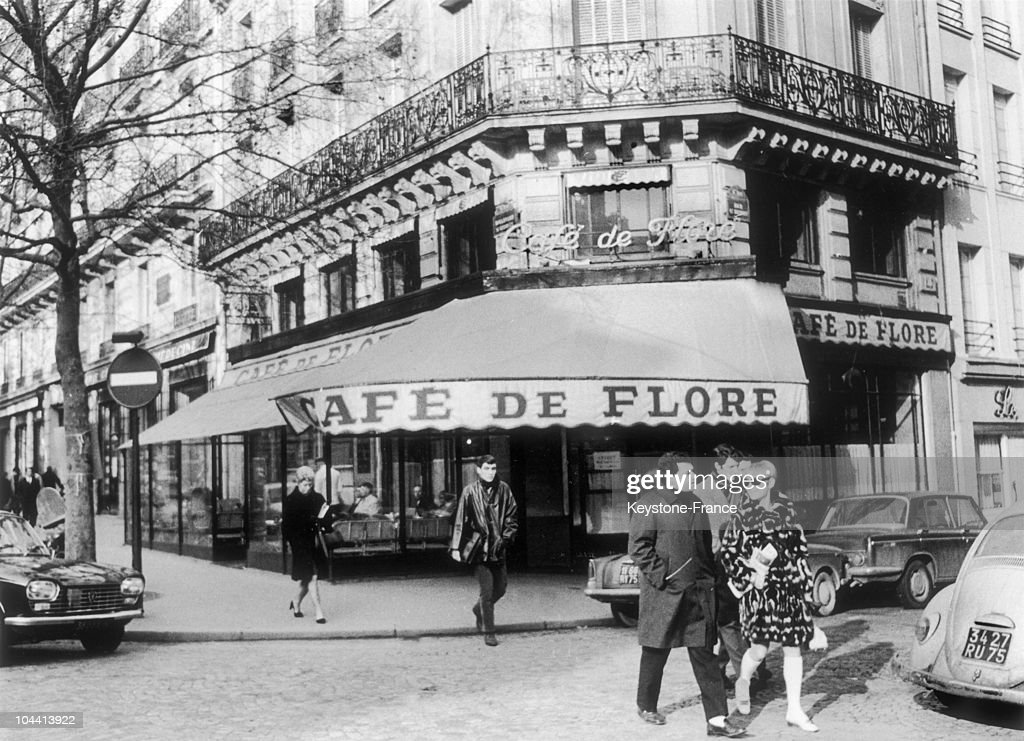 Outside view of the Cafe de FLORE in Paris made famous by its regulars philosophers and writers on the boulevard Saint Germain in Paris on January 30...