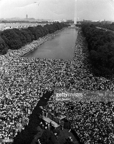 Over 200000 people gather around the Lincoln Memorial in Washington DC where the civil rights March on Washington ended with Martin Luther King's 'I...