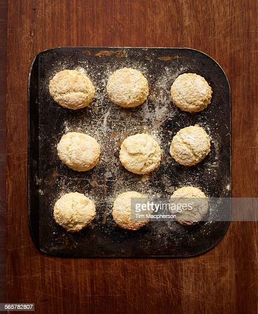 Overhead view of freshly baked scones on baking tray