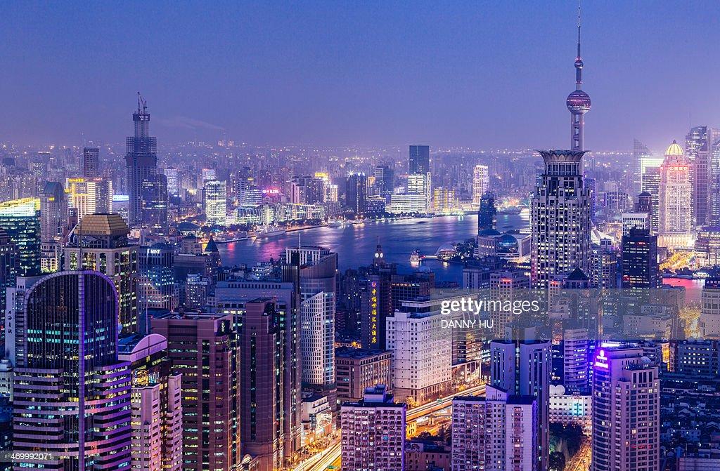 Overlook of metropolis.jpg