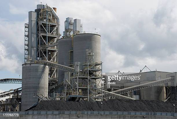 Overview of large concrete plant