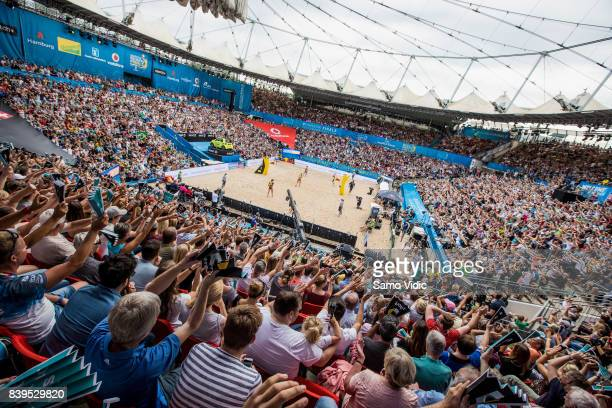 Overview on center court during the gold medal match between Laura Ludwig Kira Walkenhorst of Germany and Agatha Bednarczuk Rippel Eduarda Santos...
