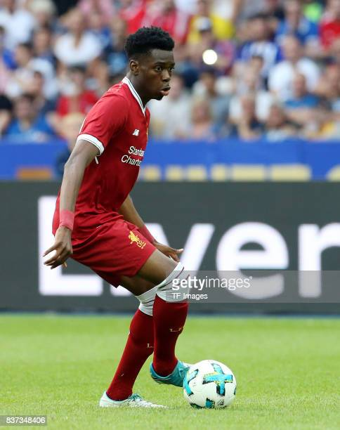 Ovie Ejaria of Liverpool controls the ball during the Preseason Friendly match between Hertha BSC and FC Liverpool at Olympiastadion on July 29 2017...