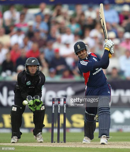 Owais Shah of England gets some runs during the NatWest Series One Day International match between England and New Zealand at Riverside on June 15...