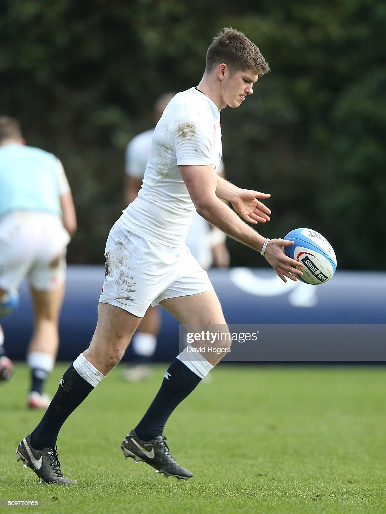<a gi-track='captionPersonalityLinkClicked' href=/galleries/search?phrase=Owen+Farrell&family=editorial&specificpeople=4809668 ng-click='$event.stopPropagation()'>Owen Farrell</a> kicks the ball upfield during the England training session held at Pennyhill Park on February 12, 2016 in Bagshot, England.