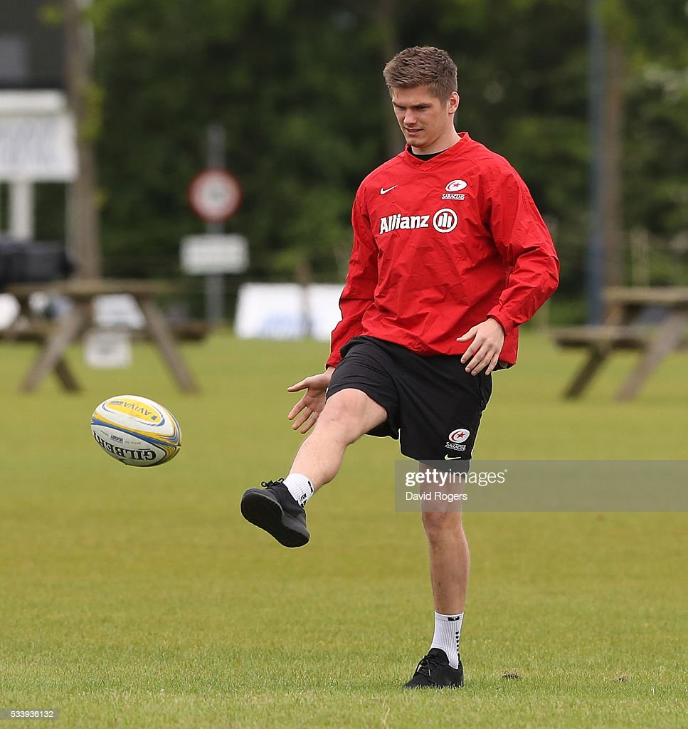 <a gi-track='captionPersonalityLinkClicked' href=/galleries/search?phrase=Owen+Farrell&family=editorial&specificpeople=4809668 ng-click='$event.stopPropagation()'>Owen Farrell</a> kicks the ball upfield during the Saracens training session held on May 24, 2016 in St Albans, England.