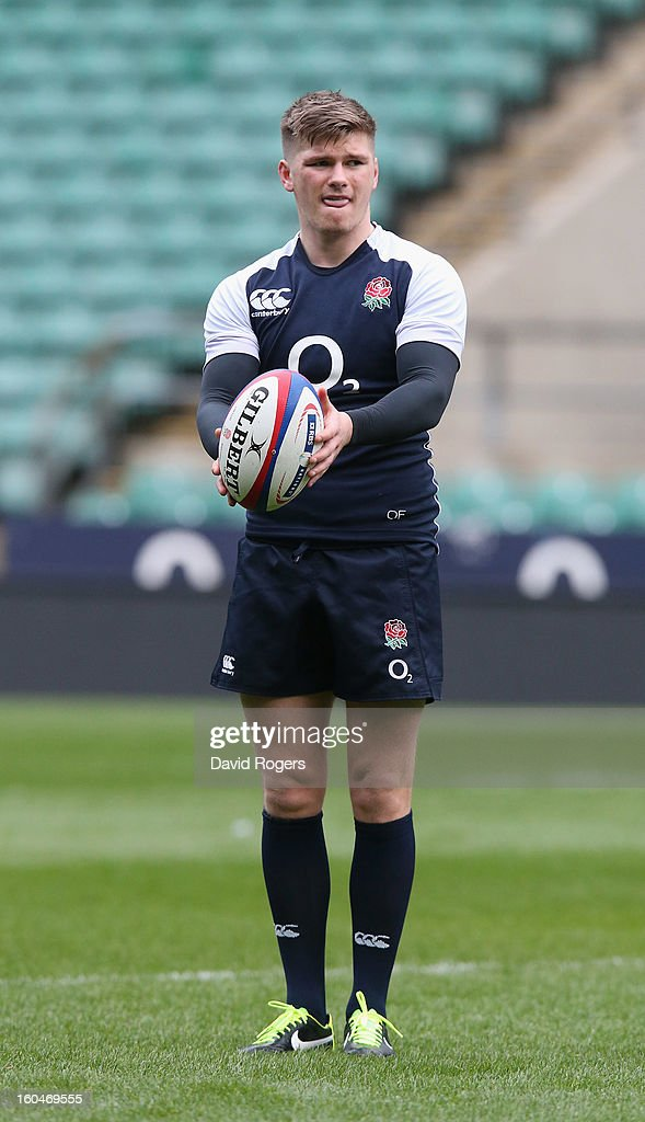 <a gi-track='captionPersonalityLinkClicked' href=/galleries/search?phrase=Owen+Farrell&family=editorial&specificpeople=4809668 ng-click='$event.stopPropagation()'>Owen Farrell</a> lines up a kick during the England captain's run at Twickenham Stadium on February 1, 2013 in London, England.