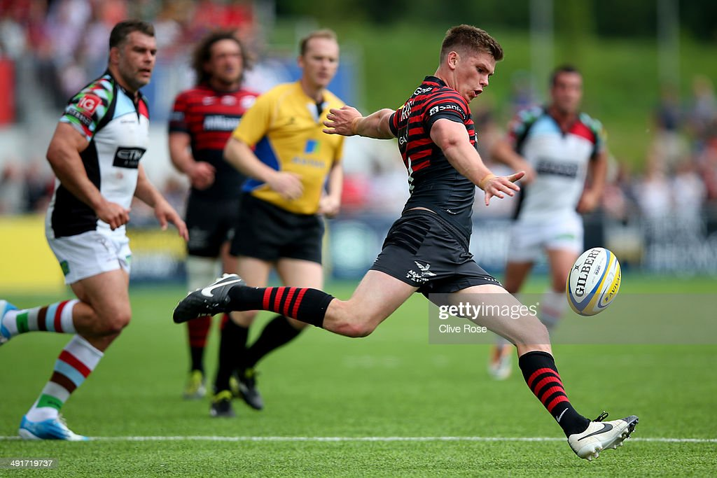 Owen Farrell of Saracens in action during the Aviva Premiership Semi Final match between Saracens and Harlequins at Allianz Park on May 17, 2014 in Barnet, England.