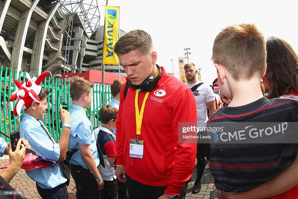 <a gi-track='captionPersonalityLinkClicked' href=/galleries/search?phrase=Owen+Farrell&family=editorial&specificpeople=4809668 ng-click='$event.stopPropagation()'>Owen Farrell</a> of Saracens is seen on arrival prior to the Aviva Premiership final match between Saracens and Exeter Chiefs at Twickenham Stadium on May 28, 2016 in London, England.
