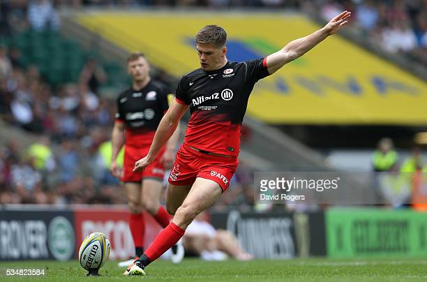 Owen Farrell of Saracens scores his team's first penalty during the Aviva Premiership final match between Saracens and Exeter Chiefs at Twickenham...