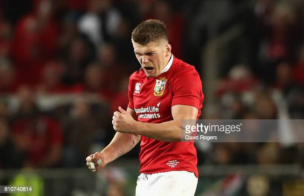 Owen Farrell of the Lions celebrates after kicking a late penalty to level the match at 1515 during the Test match between the New Zealand All Blacks...