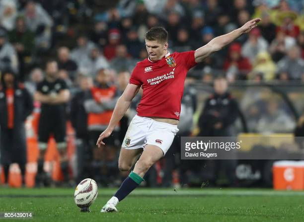 Owen Farrell of the Lions kicks the match winning penalty during the match between the New Zealand All Blacks and the British Irish Lions at Westpac...