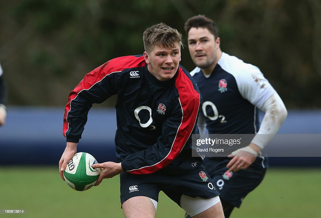 <a gi-track='captionPersonalityLinkClicked' href=/galleries/search?phrase=Owen+Farrell&family=editorial&specificpeople=4809668 ng-click='$event.stopPropagation()'>Owen Farrell</a> passes the ball during the England training session held at Pennyhill Park on February 6, 2013 in Bagshot, England.