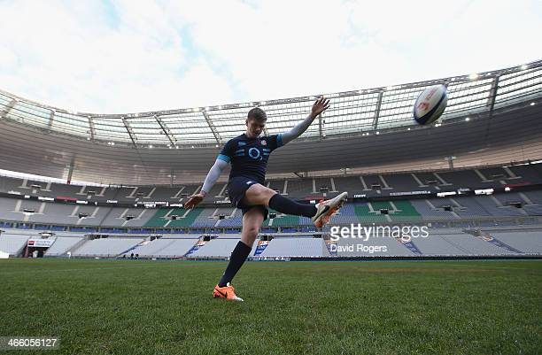 Owen Farrell the England standoff practices his kicking during the England Captain's run at Stade de France on January 31 2014 in Paris