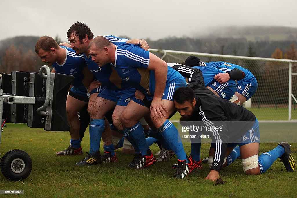 <a gi-track='captionPersonalityLinkClicked' href=/galleries/search?phrase=Owen+Franks+-+Rugby+Player&family=editorial&specificpeople=5509808 ng-click='$event.stopPropagation()'>Owen Franks</a>, Andrew Hore, Tony Woodcock and <a gi-track='captionPersonalityLinkClicked' href=/galleries/search?phrase=Victor+Vito&family=editorial&specificpeople=677327 ng-click='$event.stopPropagation()'>Victor Vito</a> of the All Blacks pack down for a scrum during a training session at the University of Glamorgan training fields on November 20, 2012 in Cardiff, Wales.