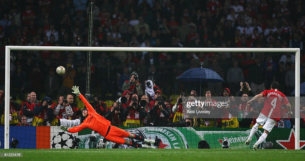 Owen Hargreaves of Manchester United beats Petr Cech of Chelsea as he scores a penalty in the shoot out during the UEFA Champions League Final match between Manchester United and Chelsea at the Luzhniki Stadium on May 21, 2008 in Moscow, Russia.