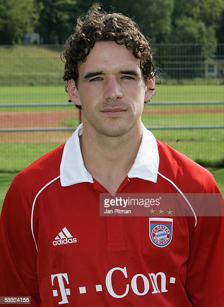 Owen Hargreaves poses for photographers during the team presentation of FC Bayern Munich on August 1 2005 in Munich Germany