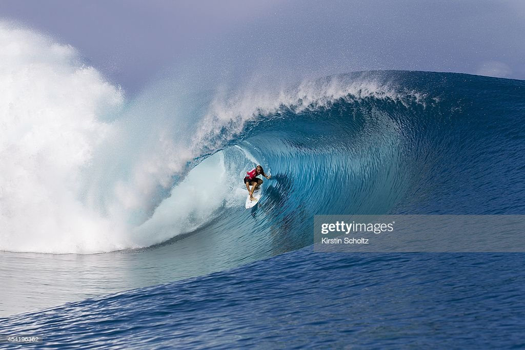 Owen Wright of Australia surfs during the Billabong Pro Tahiti on August 25, 2014 in Teahupo'o, French Polynesia.