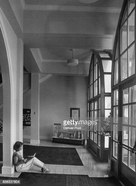 871984 AUG 13 1984 AUG 1 1984 own Hall Center here we have waiting in the Lobby is Suzanna Wellens of Denver waittint to be audition Credit The...