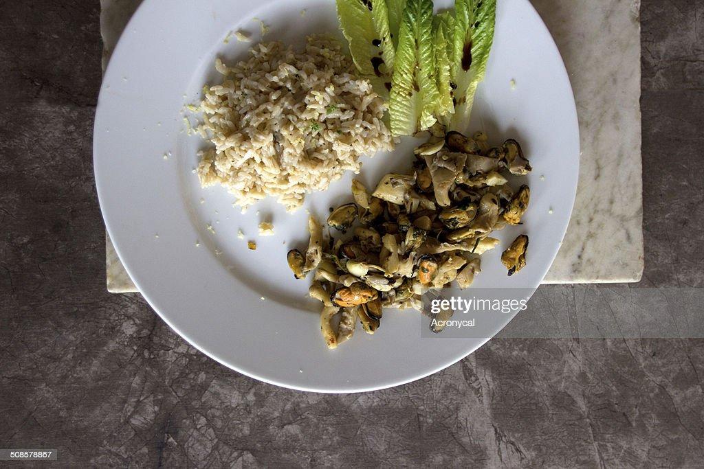 Huître et de riz et salade : Photo