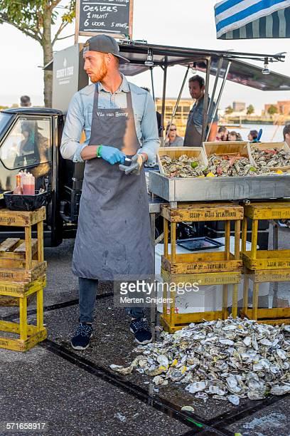 Oysterbar on wheels at food festival