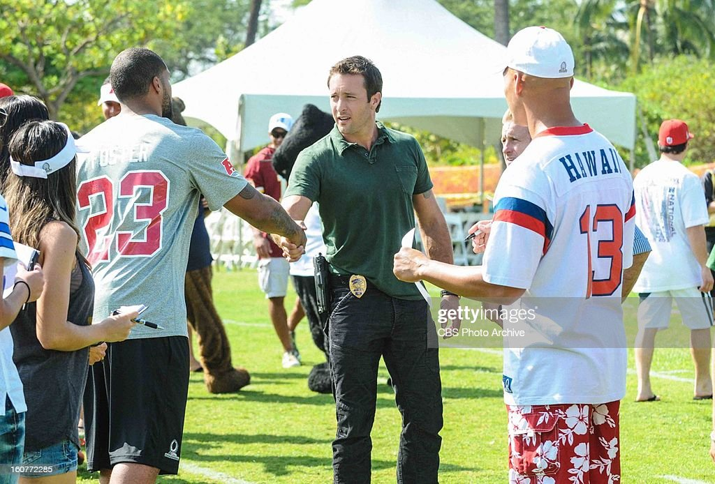 'Pa' ani' --It's an All-Pro football weekend in Hawaii and while Danny (Scott Caan, right ) obsesses about the big game, Five-0 investigates the murder of a tech executive with the help of a star football (Houston Texans' All-Pro running back Arian Foster, left, Alex O'Loughlin, center), on HAWAII FIVE-0, Monday, Feb. 18 (10:00-11:00 PM, ET/PT) on the CBS Television Network.