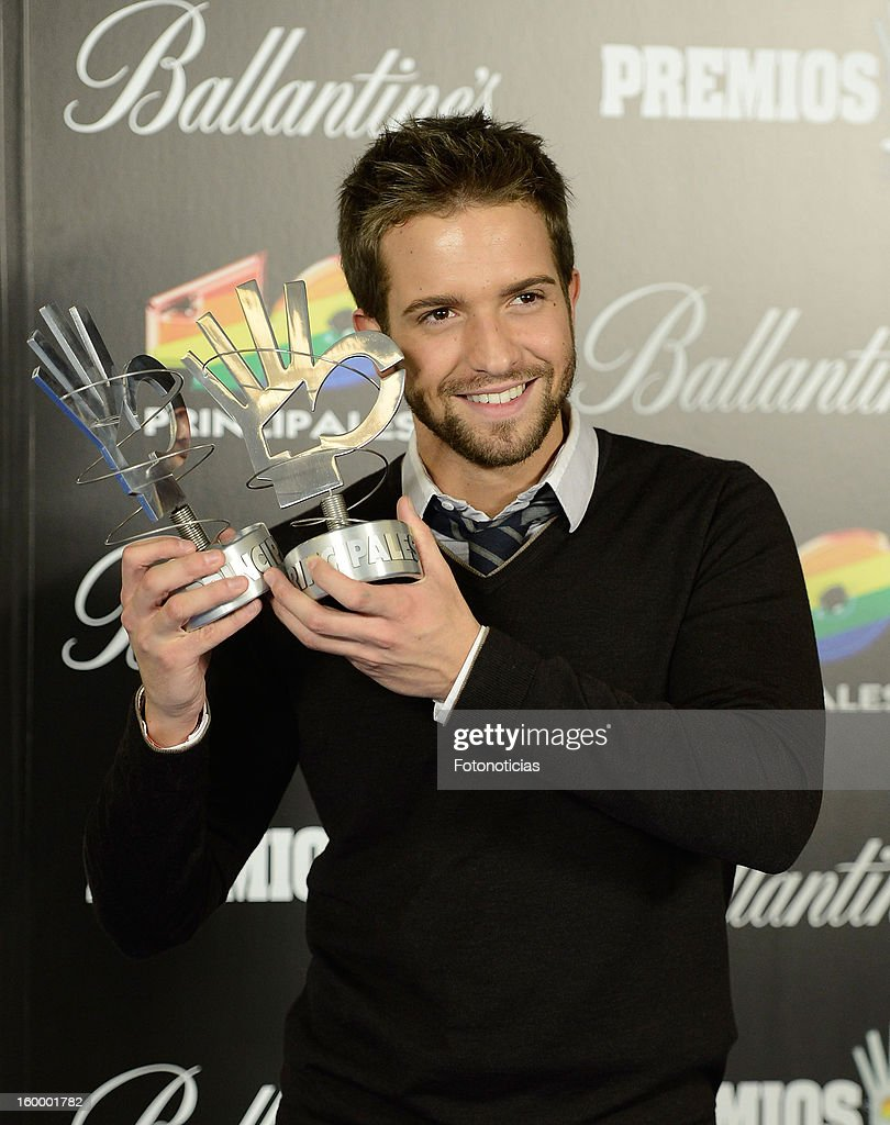 Pablo Alboran poses in the press room during '40 Principales Awards' 2012 at the Palacio de Deportes on January 24, 2013 in Madrid, Spain.