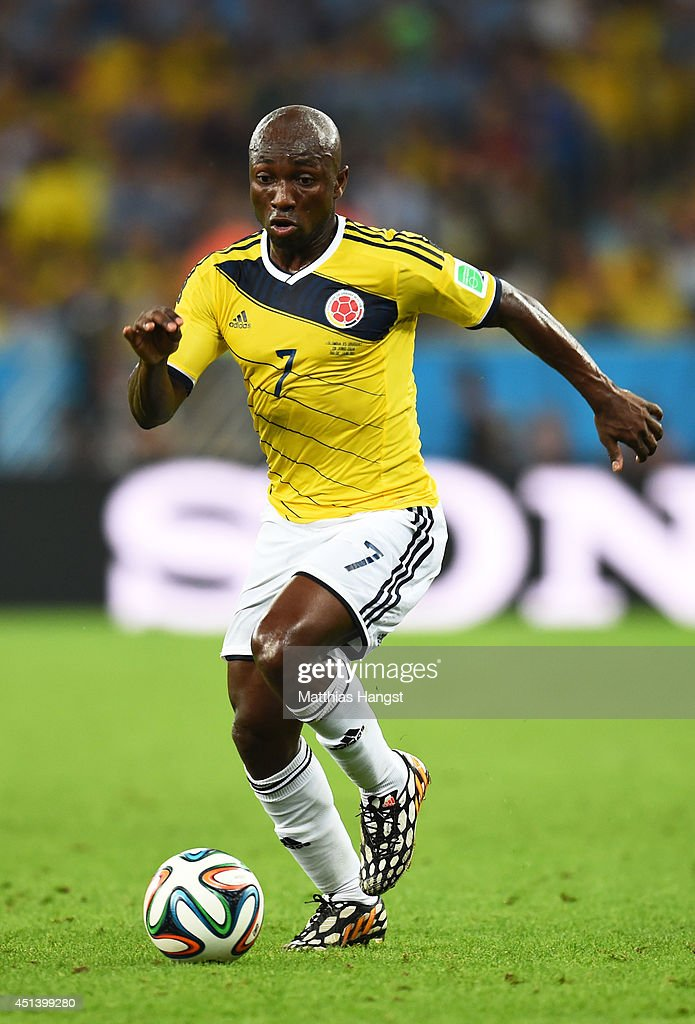<a gi-track='captionPersonalityLinkClicked' href=/galleries/search?phrase=Pablo+Armero&family=editorial&specificpeople=631297 ng-click='$event.stopPropagation()'>Pablo Armero</a> of Colombia controls the ball during the 2014 FIFA World Cup Brazil round of 16 match between Colombia and Uruguay at Maracana on June 28, 2014 in Rio de Janeiro, Brazil.