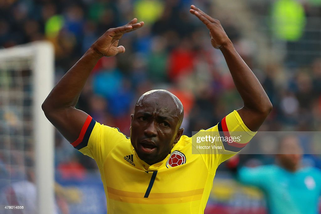 <a gi-track='captionPersonalityLinkClicked' href=/galleries/search?phrase=Pablo+Armero&family=editorial&specificpeople=631297 ng-click='$event.stopPropagation()'>Pablo Armero</a> of Colombia reacts during the 2015 Copa America Chile Group C match between Colombia and Peru at Municipal Bicentenario Germán Becker Stadium on June 21, 2015 in Temuco, Chile.