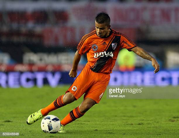 Pablo Carreras of River Plate plays the ball during a match between River Plate and Sarmiento as part of Torneo Transicion 2016 at Monumental Antonio...