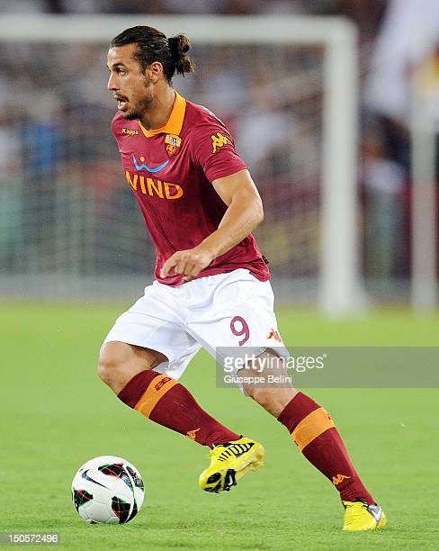 Pablo Daniel Osvaldo of Roma in action during the preseason friendly match between AS Roma and Aris Thessaloniki FC at Olimpico Stadium on August 19...