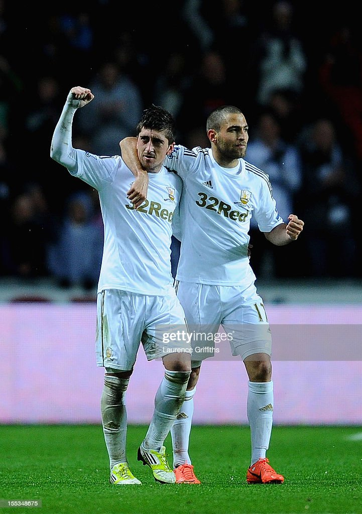 Pablo Hernandez of Swansea celebrates scoring the equalising goal during the Barclays Premier League match between Swansea City and Chelsea at Liberty Stadium on November 3, 2012 in Swansea, Wales.