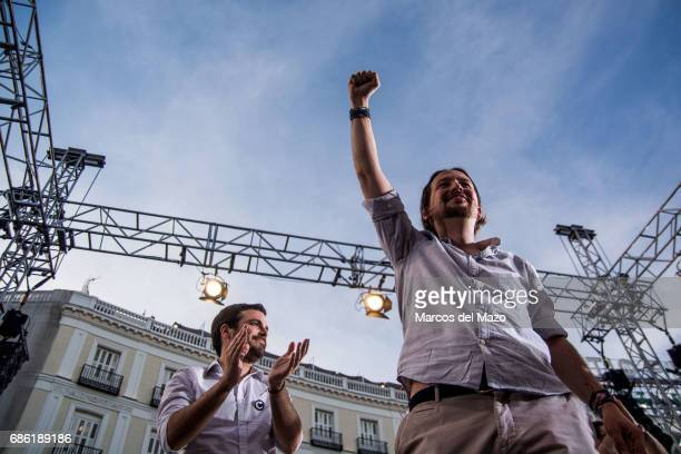 Pablo Iglesias and Alberto Garzon during a demonstration supporting a vote of no confidence to President Mariano Rajoy