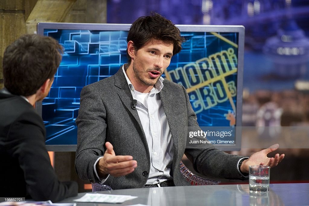 <a gi-track='captionPersonalityLinkClicked' href=/galleries/search?phrase=Pablo+Motos&family=editorial&specificpeople=6560001 ng-click='$event.stopPropagation()'>Pablo Motos</a> and Andres Velencoso attend 'El Hormiguero' Tv show at Vertice Studio on November 22, 2012 in Madrid, Spain.