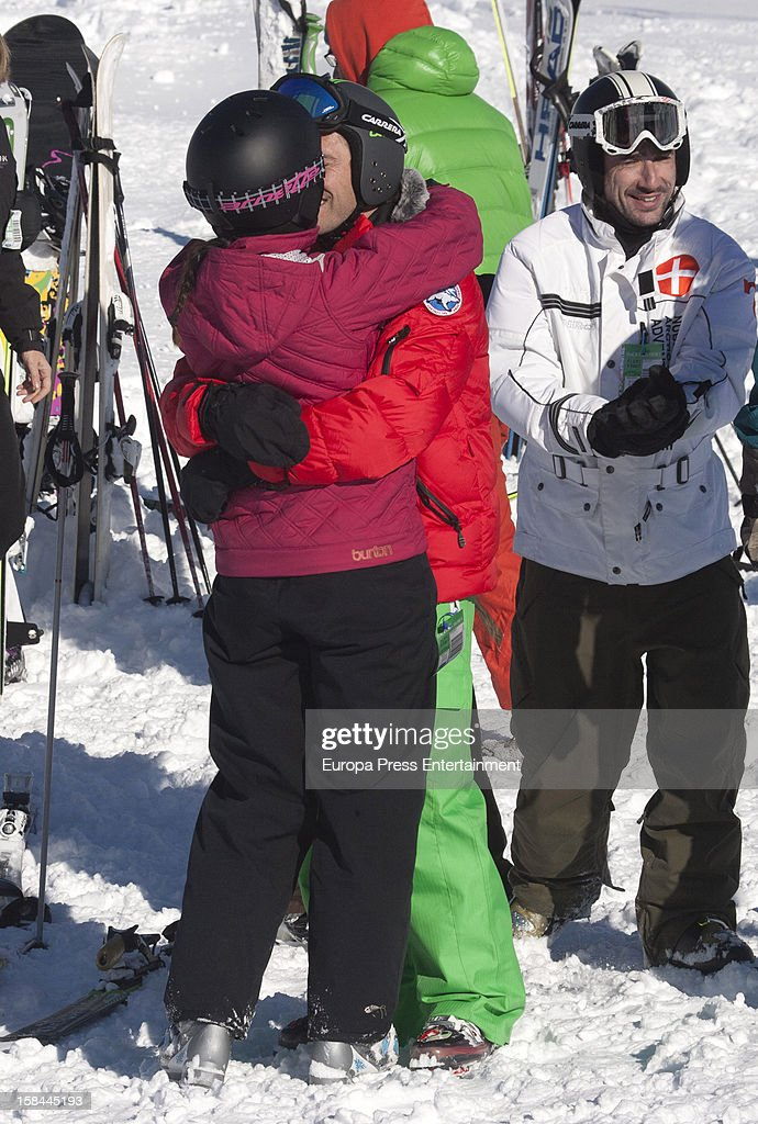 Pablo Nieto 'Gelete' (C) and his girlfriend are seen on December 6, 2012 in Baqueira Beret, Spain.