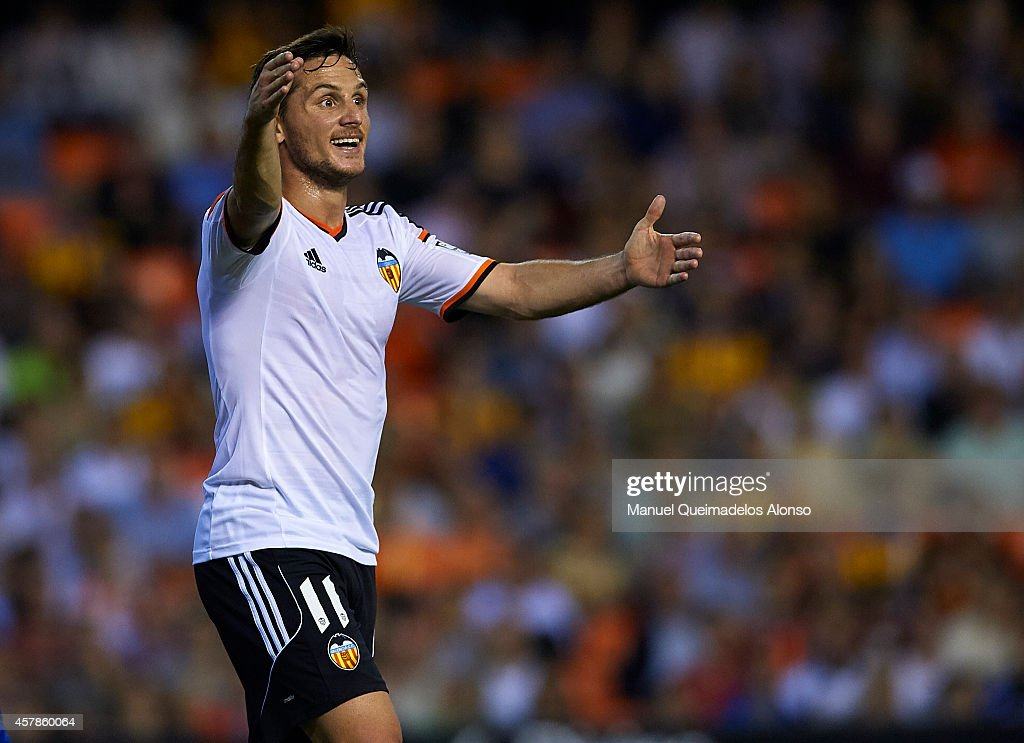Valencia v Elche - La Liga