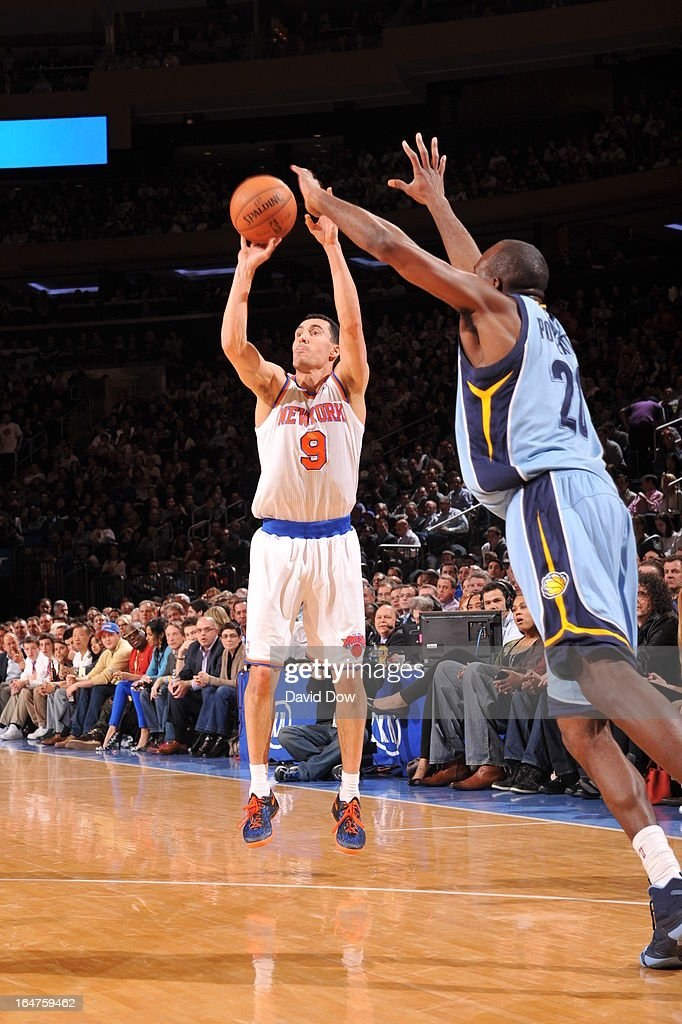 Pablo Prigioni #9 of the New York Knicks shoots against Quincy Pondexter #20 the Memphis Grizzlies on March 27, 2013 at Madison Square Garden in New York City.