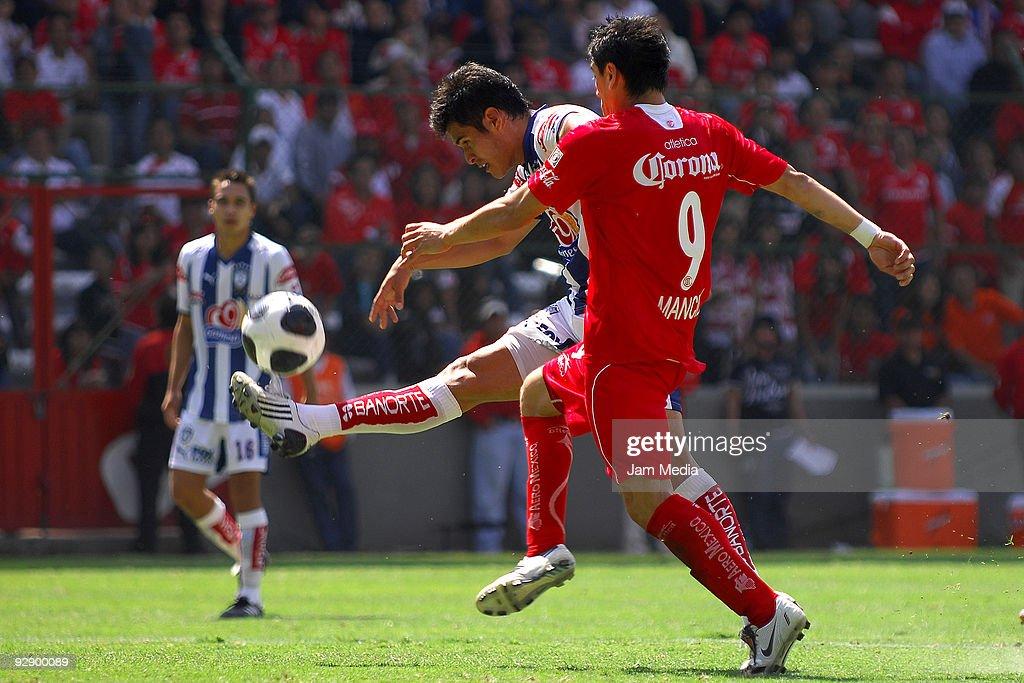 Toluca v Pachuca - Apertura 2009