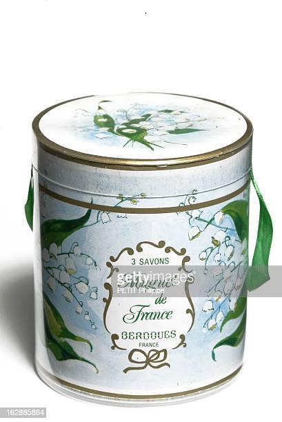 Poétique boîte contenant trois savons parfumés au muguet 'Muguet de France'