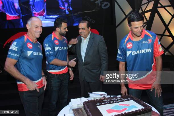 R] Paddy Upton Zaheer Khan Rahul Dravid Kanwal Jeet Jawa at a party hosted by Daikin to celebrate the three years of togetherness with Delhi...
